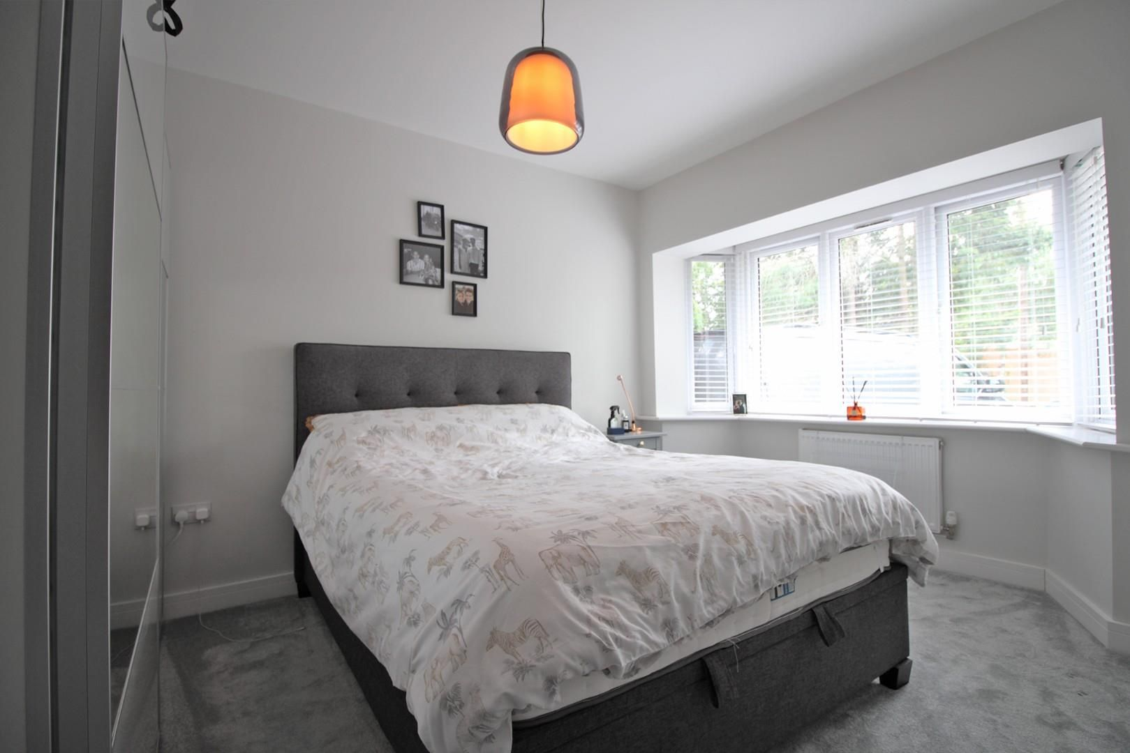 2 bed apartment to rent  - Property Image 7