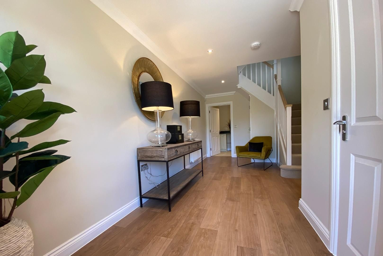 4 bed house for sale in Woolhampton 4