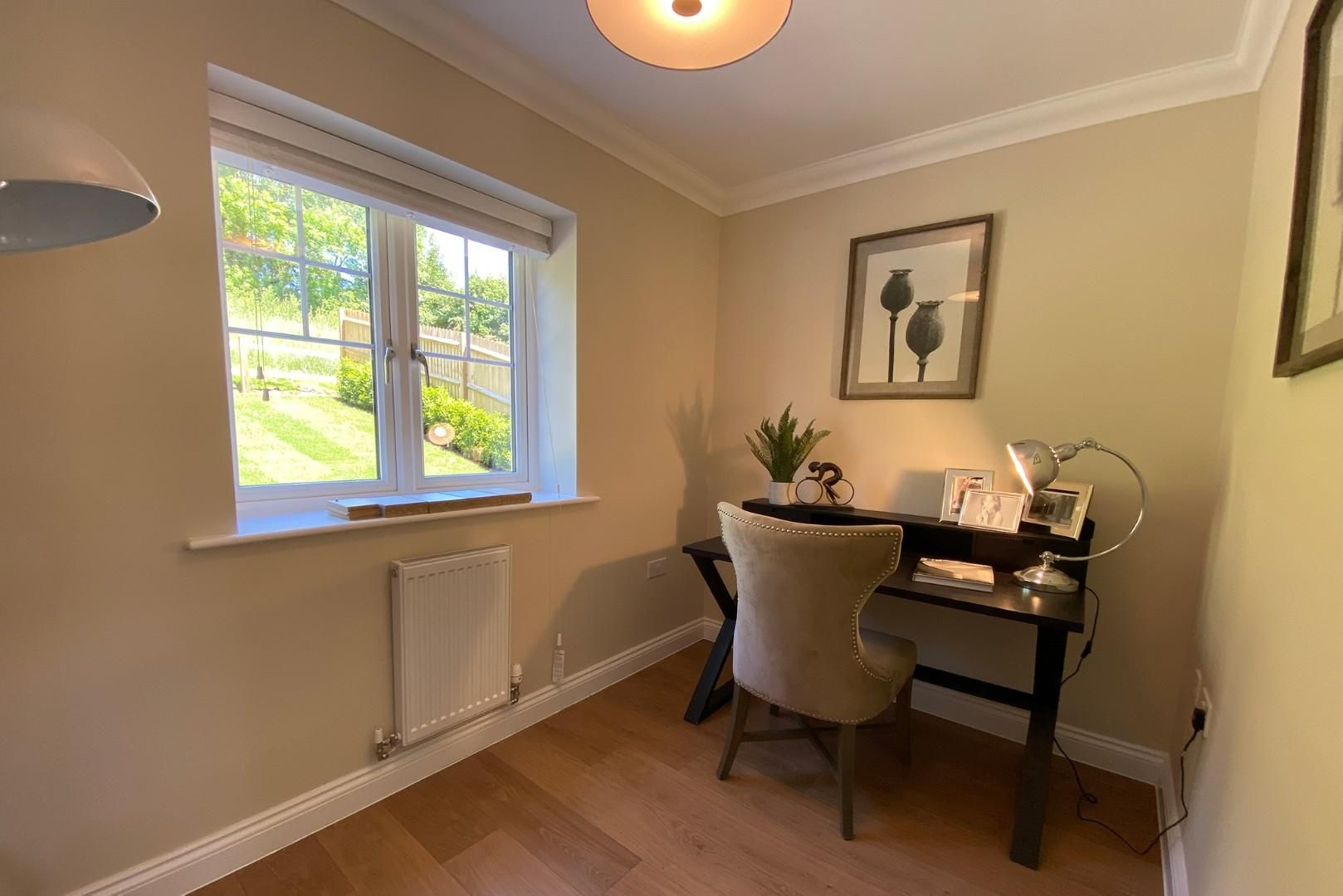 4 bed house for sale in Woolhampton 6