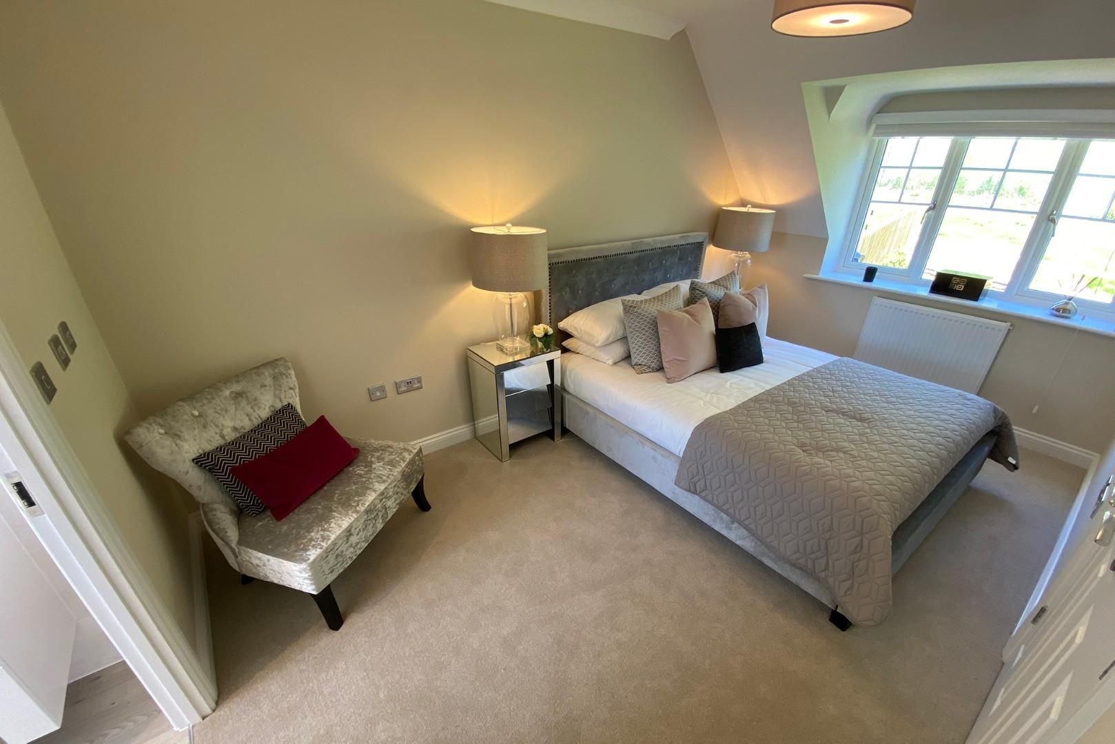 4 bed house for sale in Woolhampton 7
