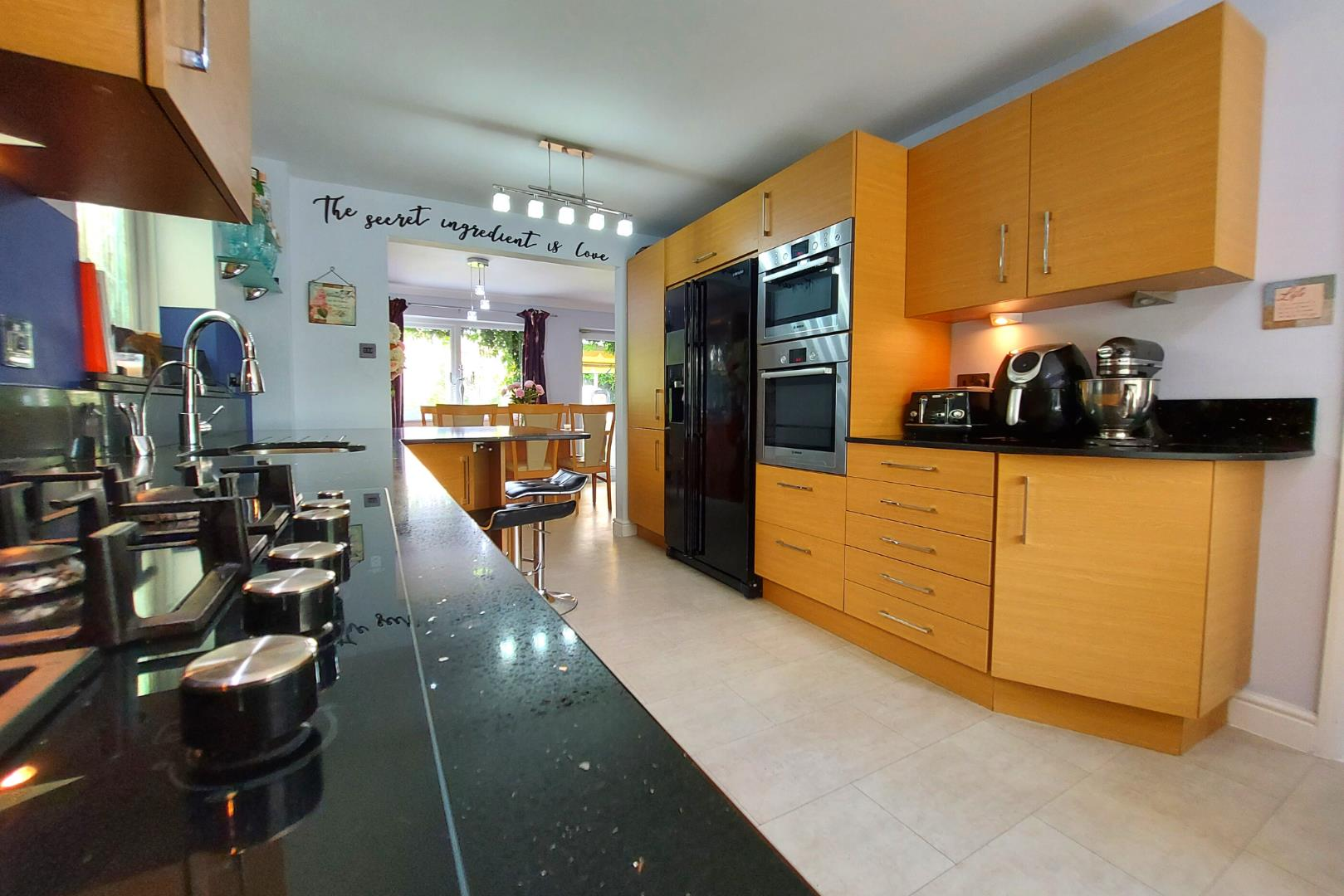 4 bed house for sale in Owlsmoor 7