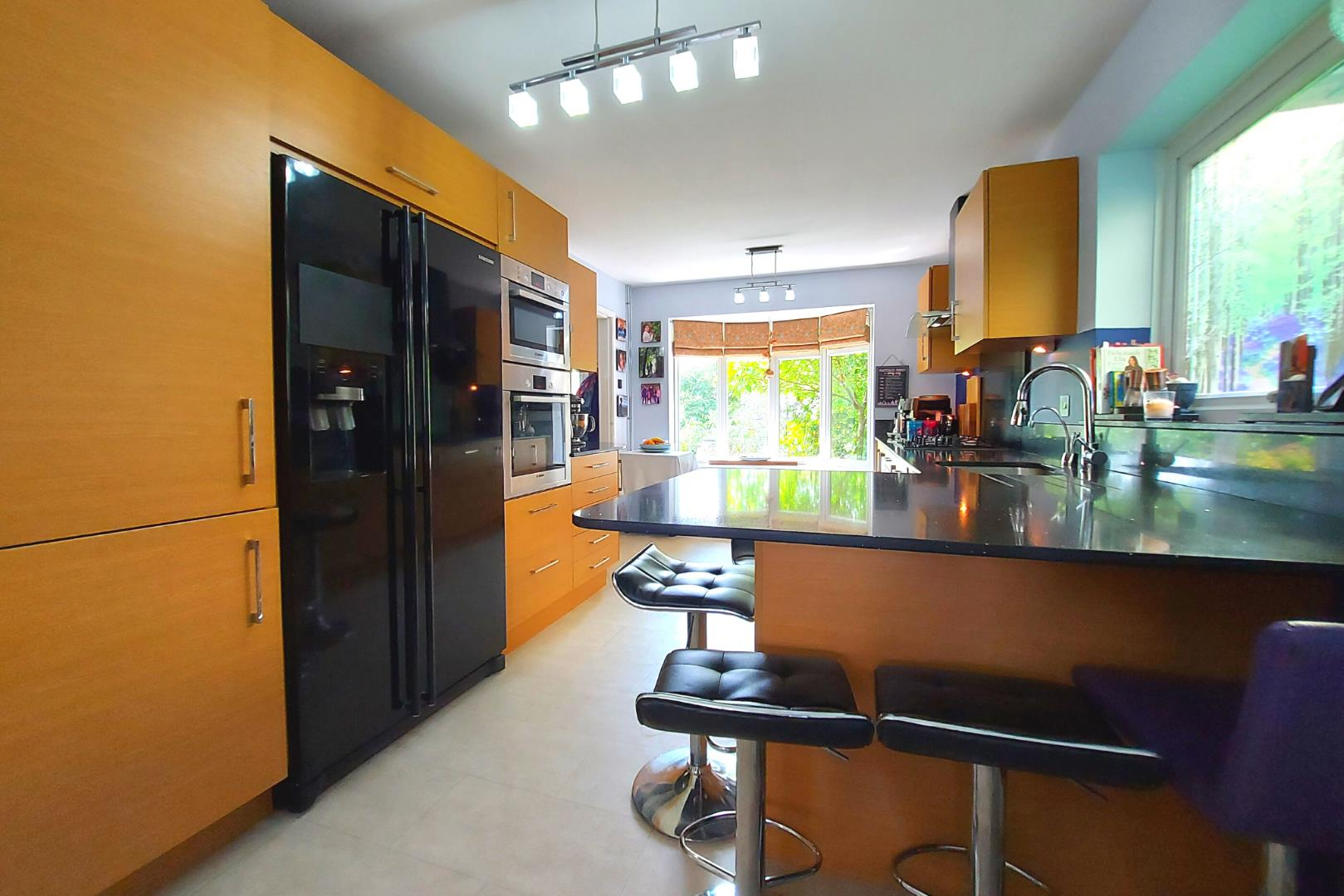 4 bed house for sale in Owlsmoor  - Property Image 8