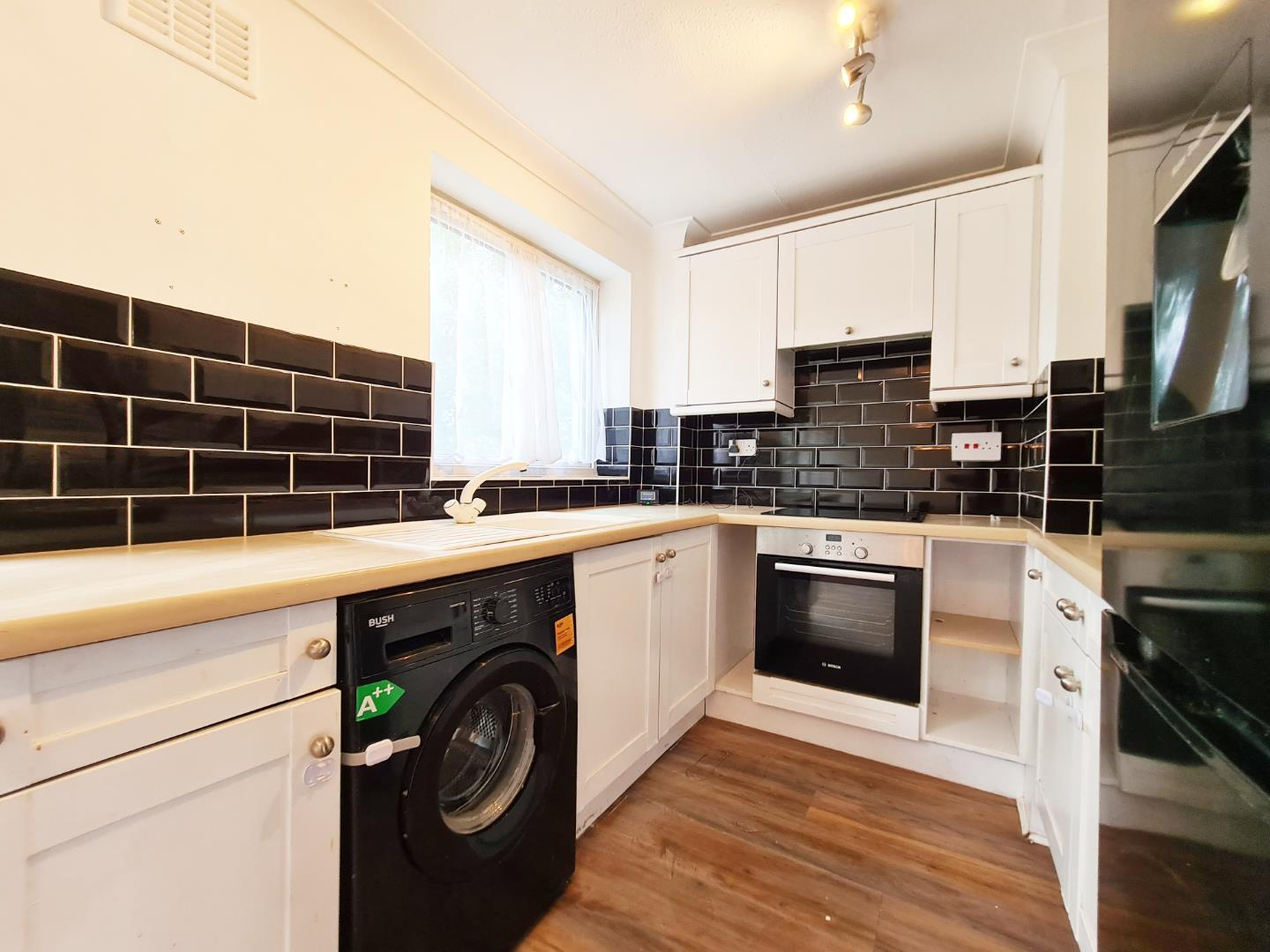 2 bed maisonette to rent  - Property Image 1