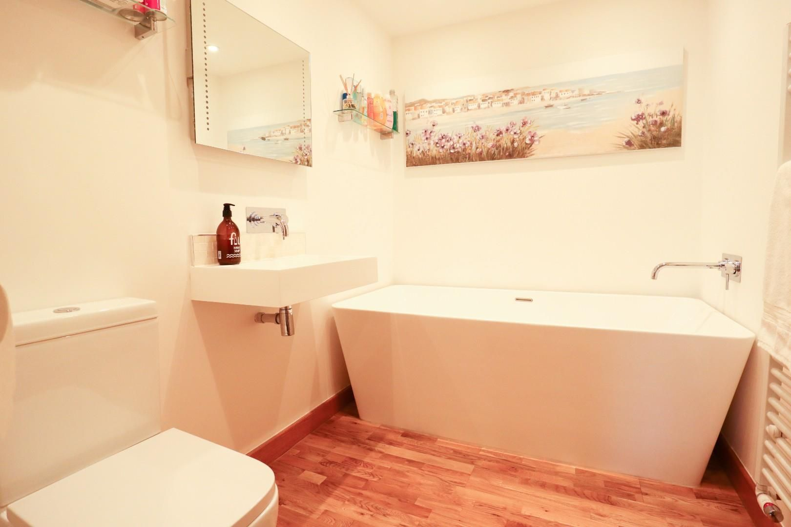 3 bed detached bungalow for sale in Mytchett 13