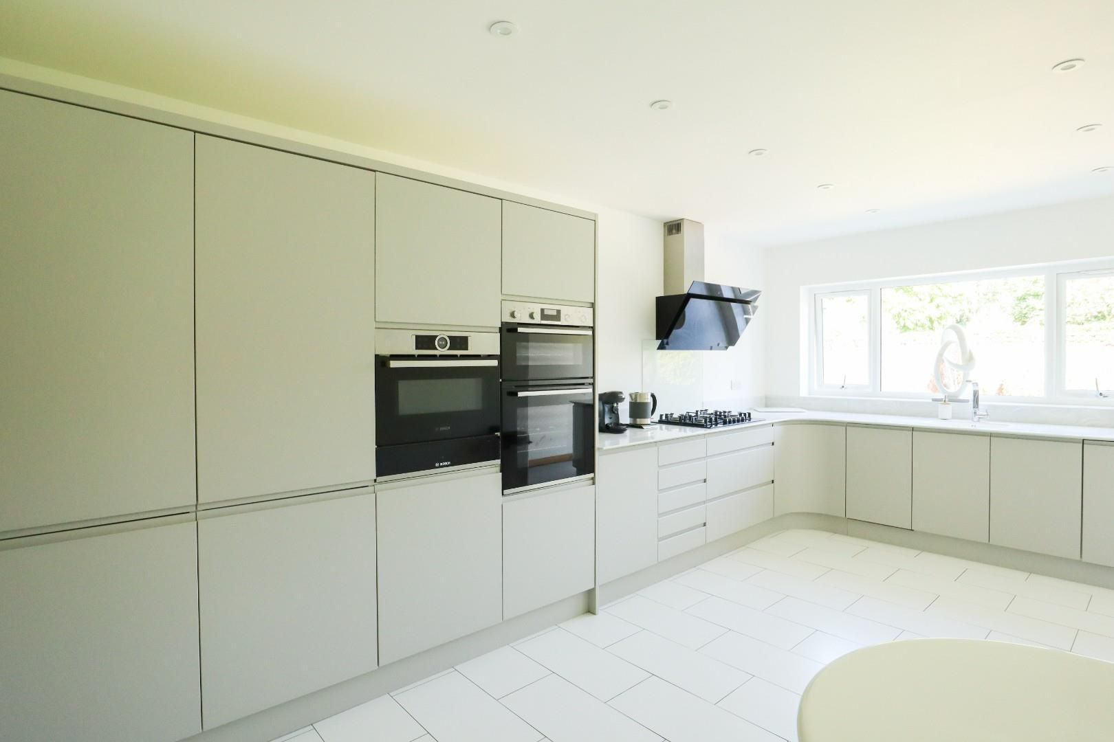3 bed detached bungalow for sale in Mytchett 3