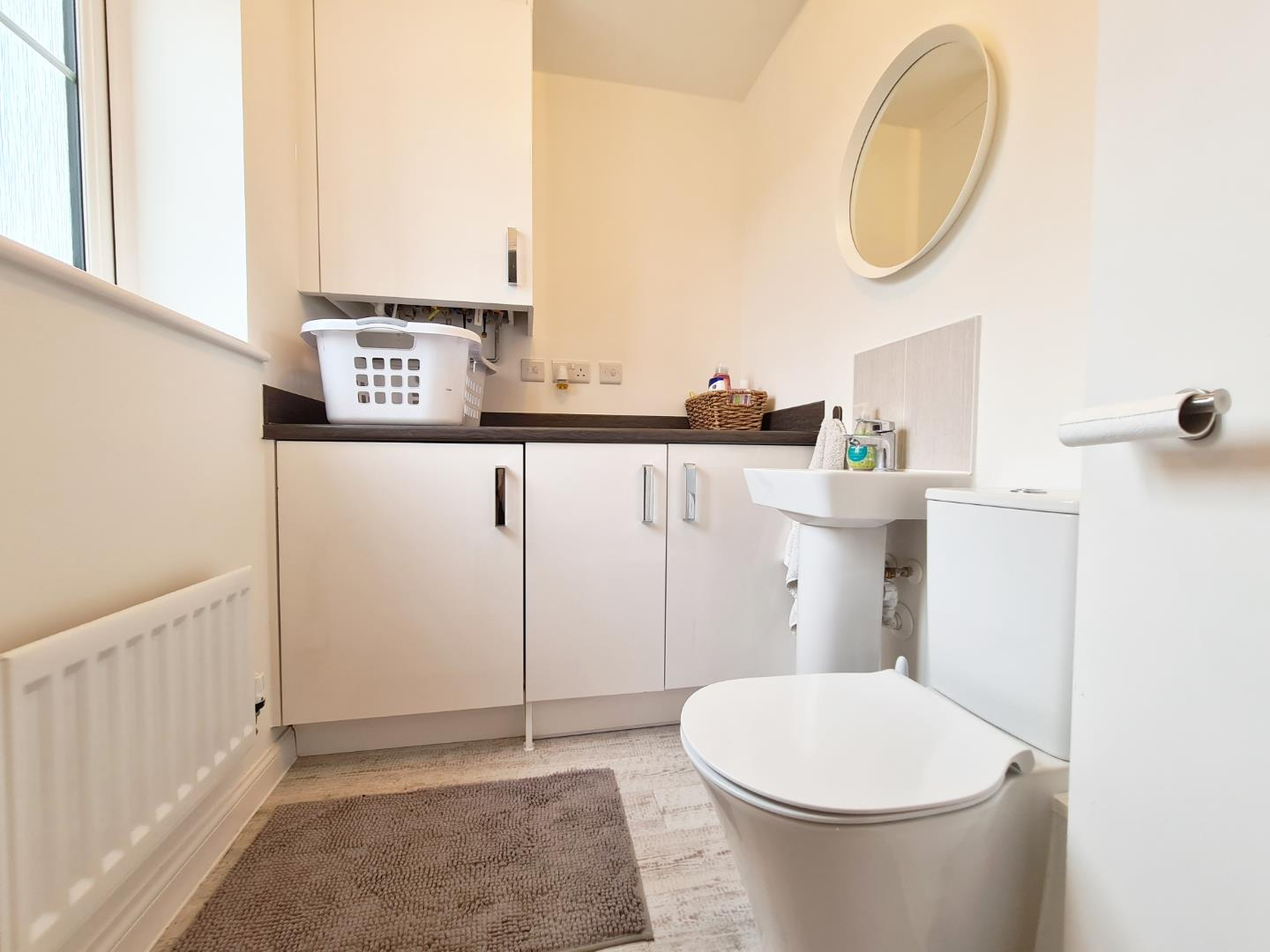 3 bed town house to rent in Shinfield 11
