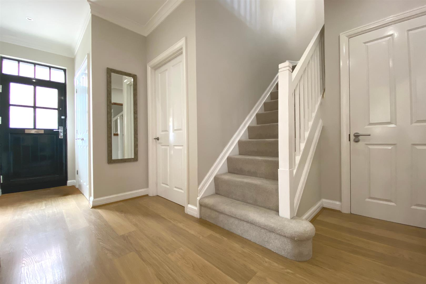 6 bed detached for sale in Lower Earley 23